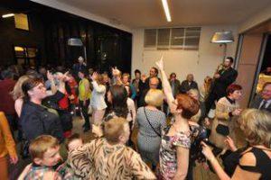 Iedereen mag deel uitmaken van het feest. - Foto door Nick Dierickx
