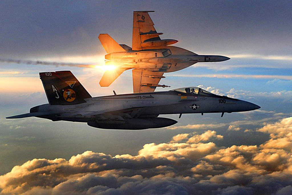 FA-18_Super_Hornets_of_Strike_Fighter_Squadron_31_fly_patrol,_Afghanistan,_December_15,_2008